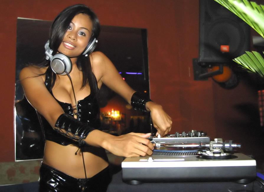 Mujeres DJ - actualizado -